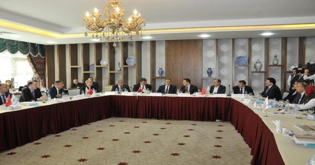 Selçuk Üniversitesinde, Üniversitesi-Sanayi İşbirliği Konuşuldu