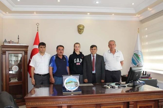 Türkiye Şampiyonu Tekvandocu Altınla Ödüllendirildi