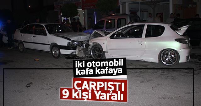 Karaman'da iki otomobil kafa kafaya çarpıştı: 9 yaralı