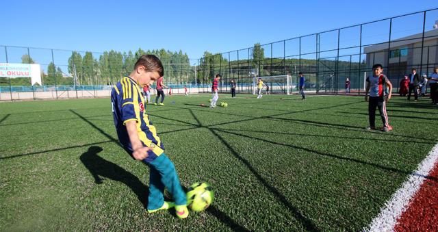Beyşehir Belediyesi yaz futbol okulu açıyor