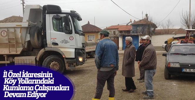 Köy Yolları Kumlama Çalışmaları Devam Ediyor