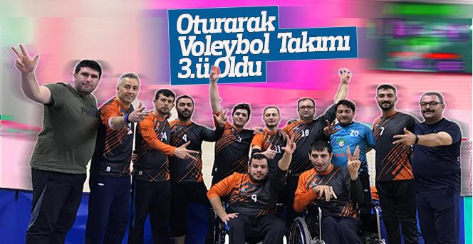 Oturarak Voleybol Takımı Türkiye Kupası'nda 3'ü Oldu