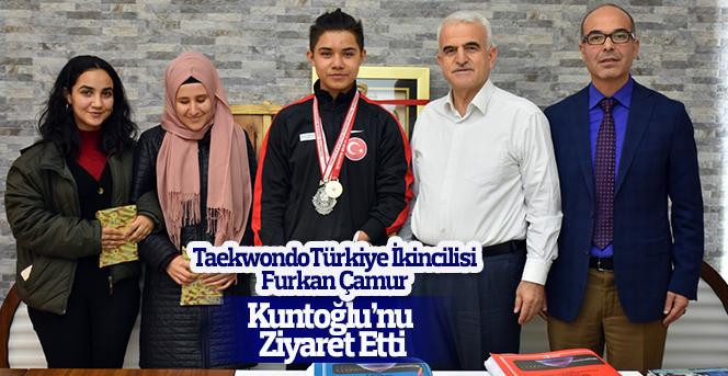 Furkan Çamur'dan Taekwondo Türkiye İkinciliği