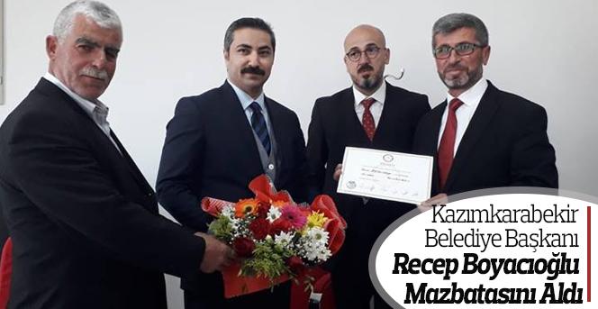 Kazımkarabekir Belediye Başkanı Boyacıoğlu mazbatasını aldı