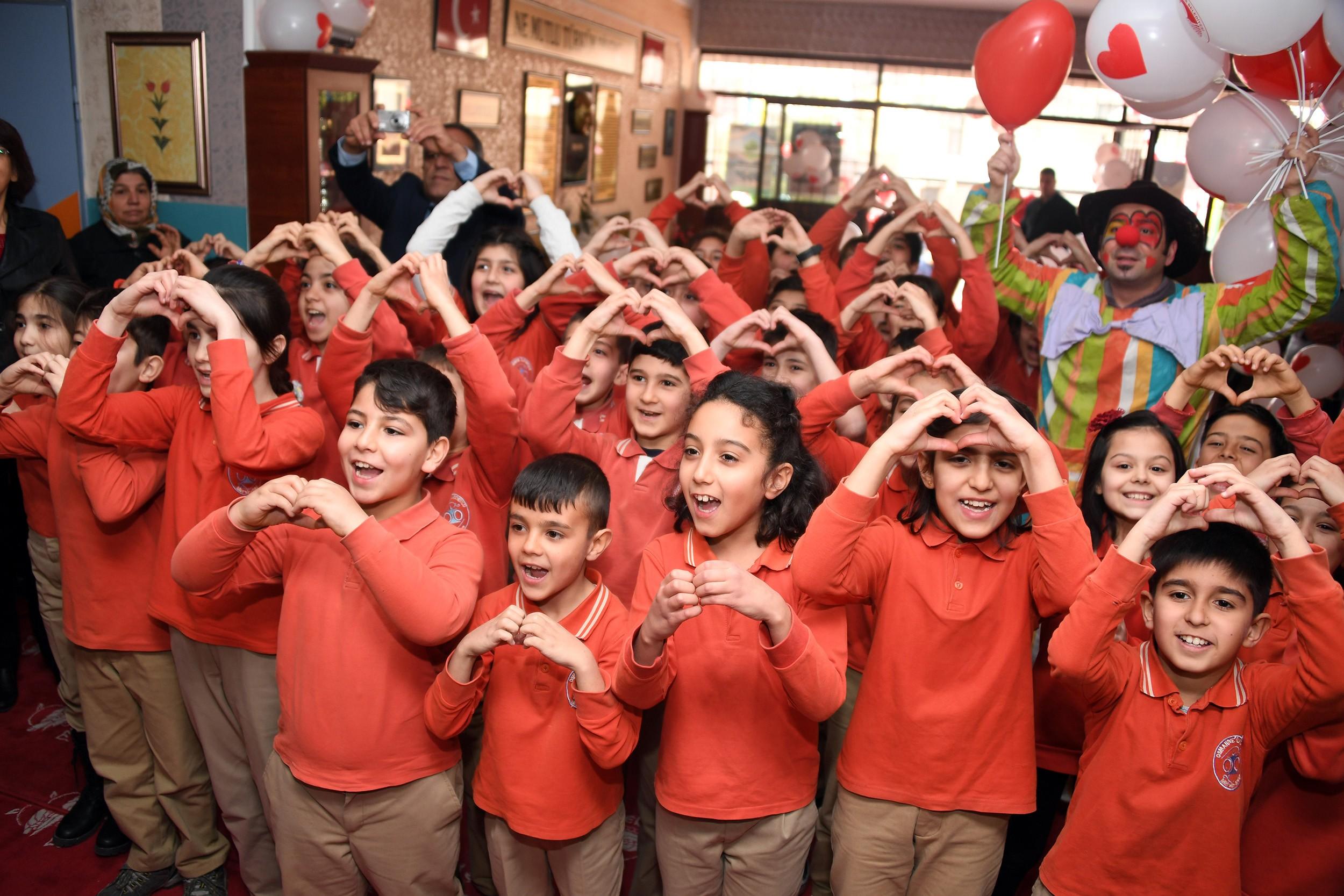 Minik Kalpler Projesi'yle 125 öğrenciye erken teşhis