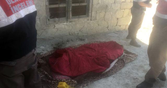 İki gün önce otomobilin çarptığı yaşlı adam evinde ölü bulundu