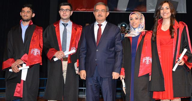 Selçuk Tıp Fakültesi'nde mezuniyet heyecanı