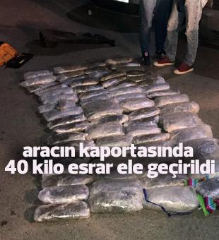 Mersin'de bir aracın kaportasında 40 kilo esrar ele geçirildi