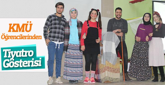 KMÜ Öğrencilerinden Tiyatro Gösterisi