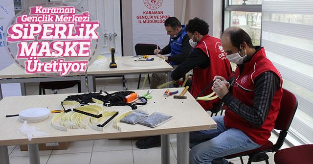 Karaman Gençlik Merkezi Siperlik Maske Üretiyor